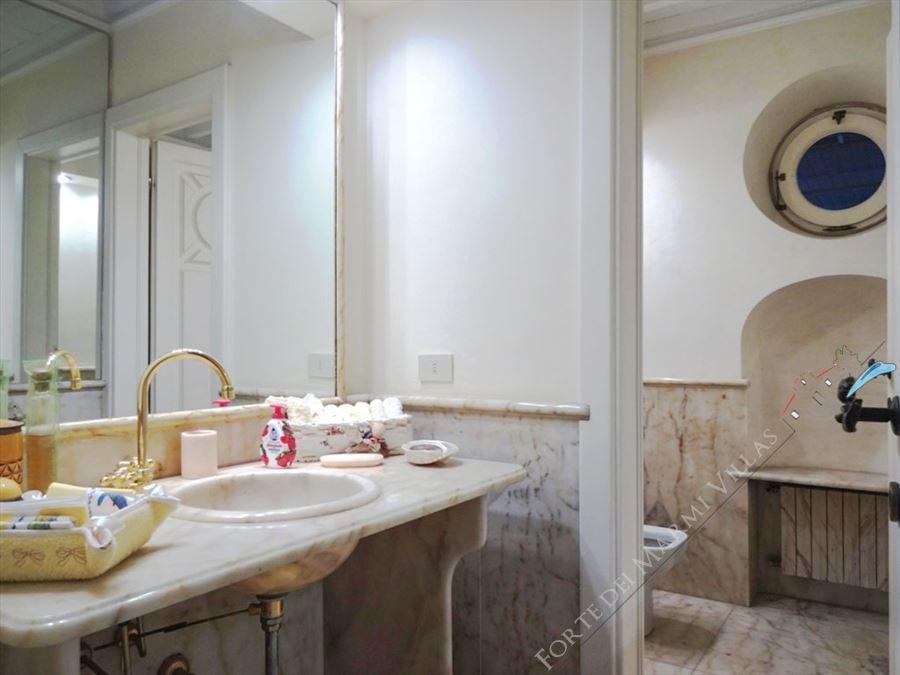 Villa Exclusive  : Bathroom