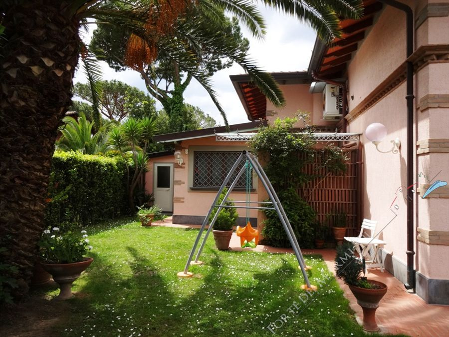 Villa Mazurca - Detached villa To Rent Forte dei Marmi