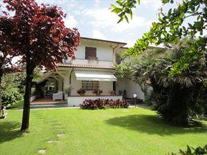 Villa Michela : Villa bifamiliare Forte dei Marmi