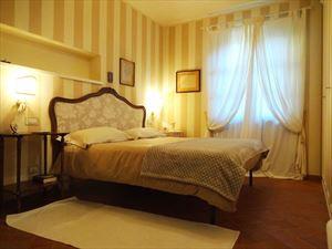 Villa Mina : Camera matrimoniale