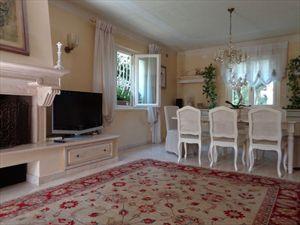 Villa Mirabella  : Dining room