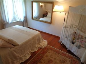 Villa Mirabella  : Camera matrimoniale