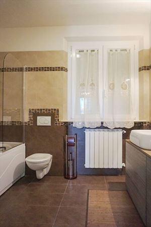 Villa Onda : Bagno con vasca
