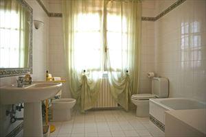 Villa Peonia : Bathroom