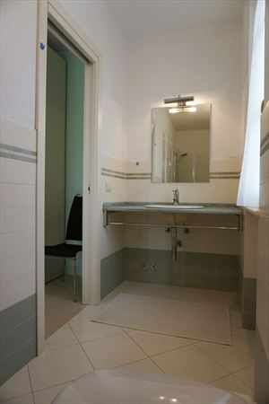 Villa Primavera : Bathroom with shower