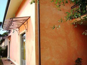 Villa Rosa : Outside view