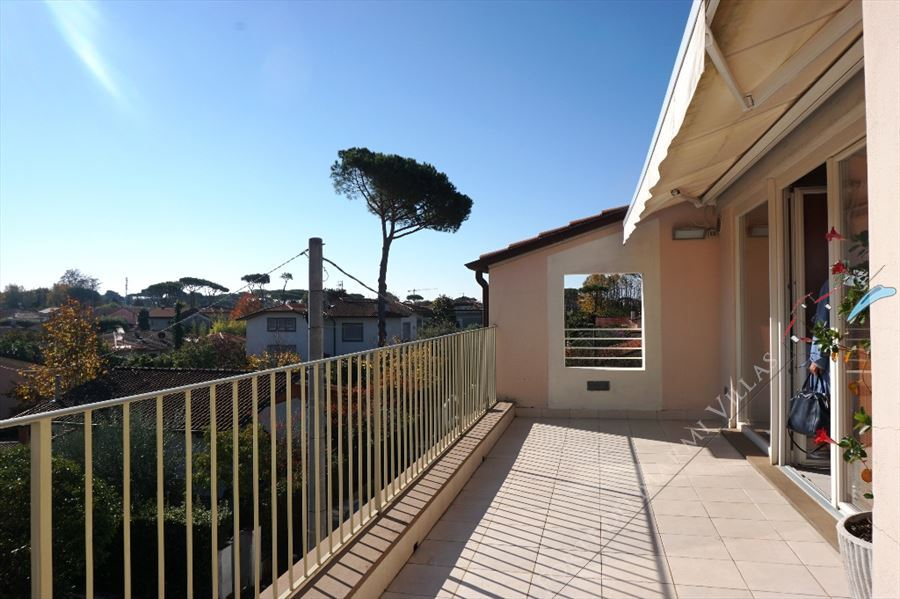 Villa Penthouse - Semi detached villa Forte dei Marmi