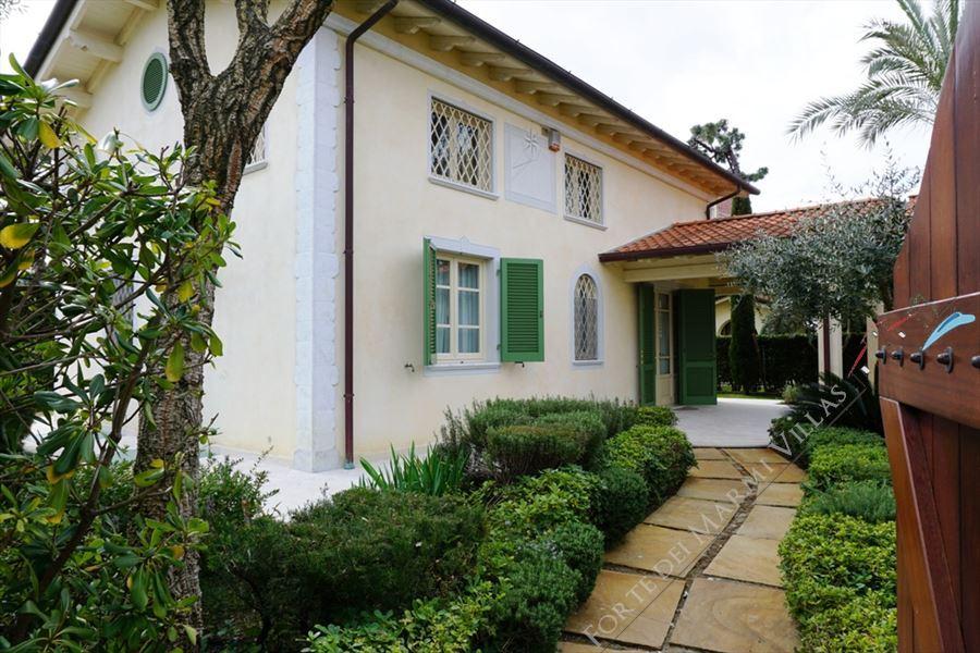 Villa Simonetta - Detached villa Marina di Pietrasanta