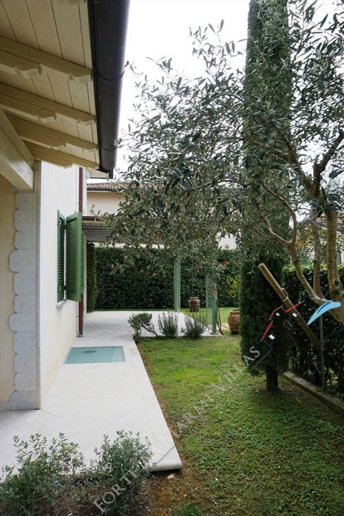 Villa Simonetta : Outside view