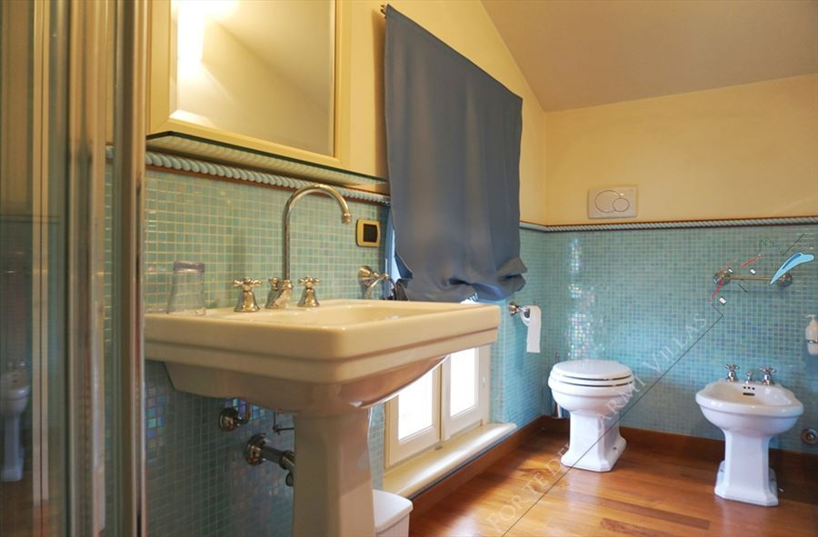Villa Simonetta : Bathroom