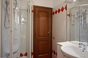 Villa Splendida : Bagno con doccia