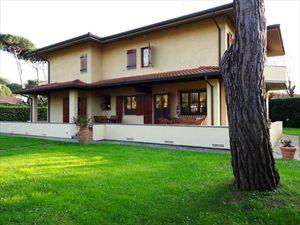 Villa Tiziana: Отдельная вилла Форте дей Марми