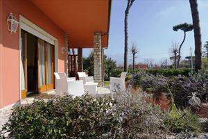 Villa Venezia : villa singola in affitto Vittoria Apuana Forte dei Marmi