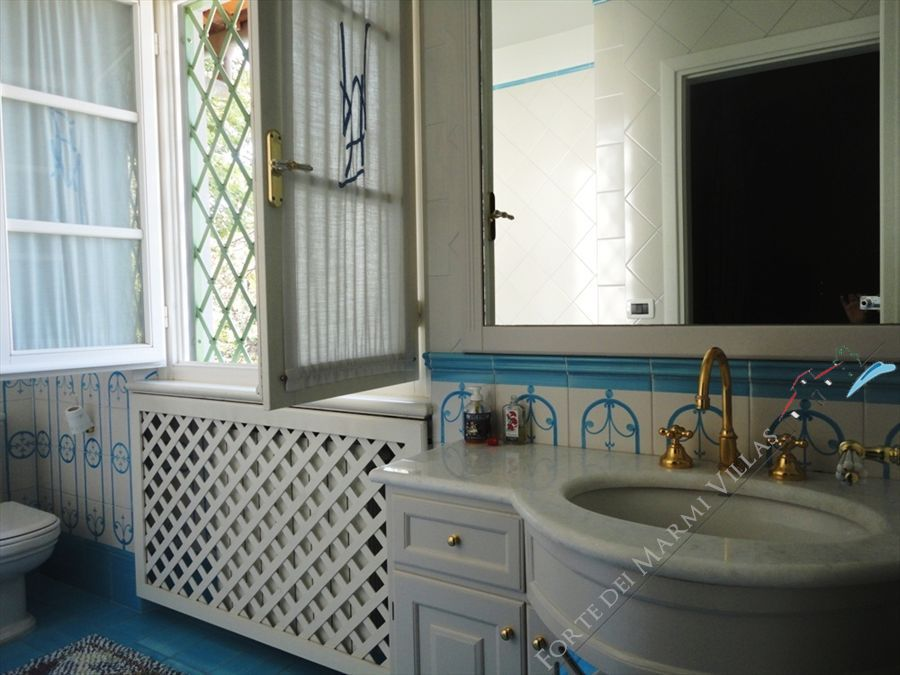 Villa Versilia Beach  : Bathroom