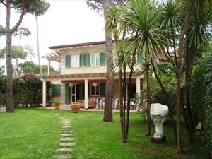 Villa Morin  : Вид снаружи