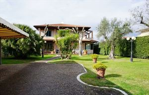 Villa del Fortino   : detached villa to rent and for sale Centro Forte dei Marmi