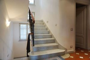Villa del Fortino   : Marble stairs