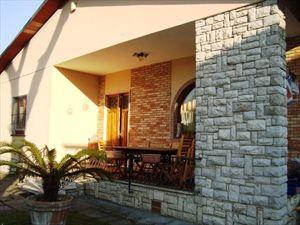 Villa Vera : Outside view