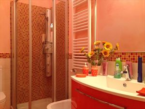 Villetta Silvia : Bathroom with shower