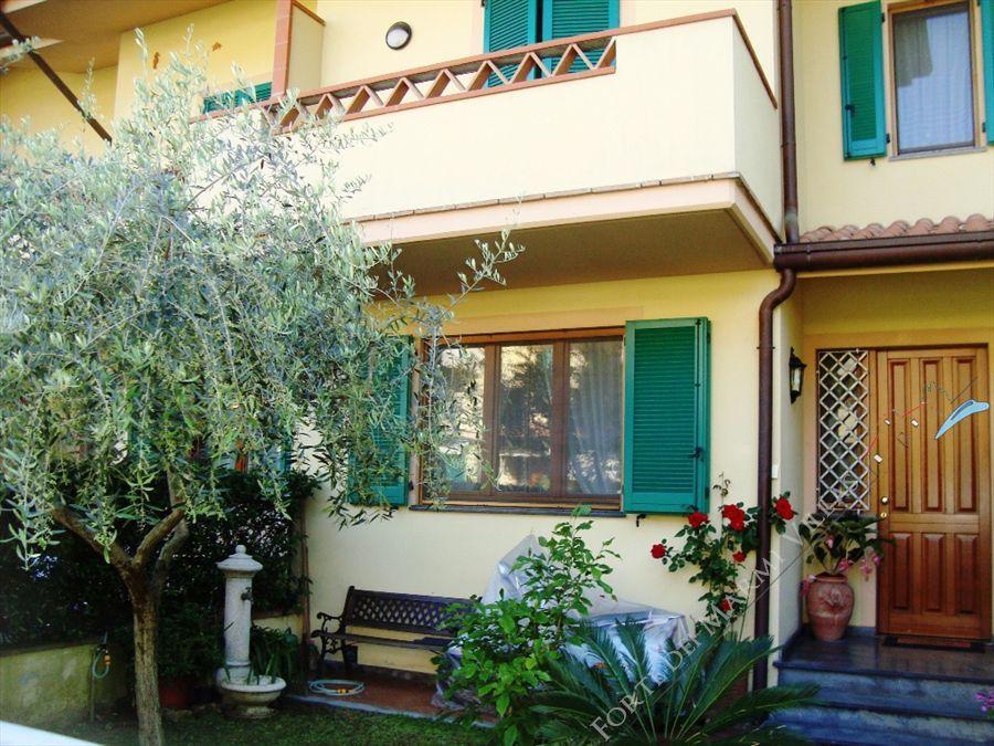 Villetta Violetta - villa a schiera in affitto Forte dei Marmi