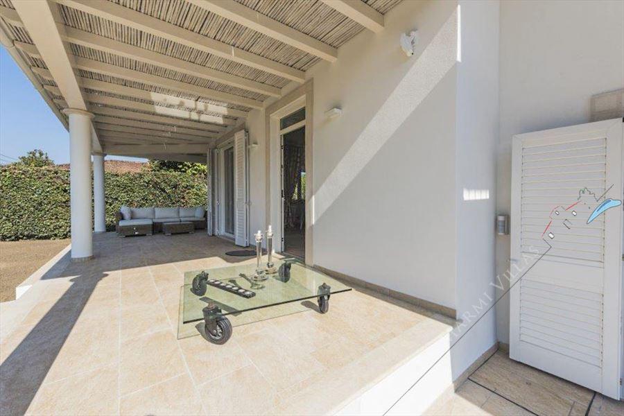 Villa Musa : Veranda