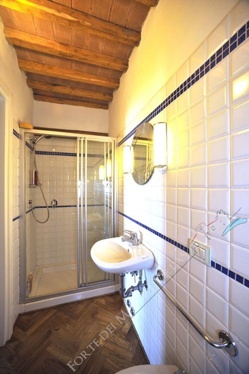 Villa  Ocean View  : Bathroom with shower