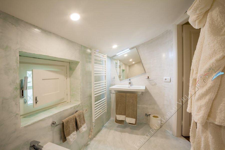 Villa Fortuna : Bagno con doccia