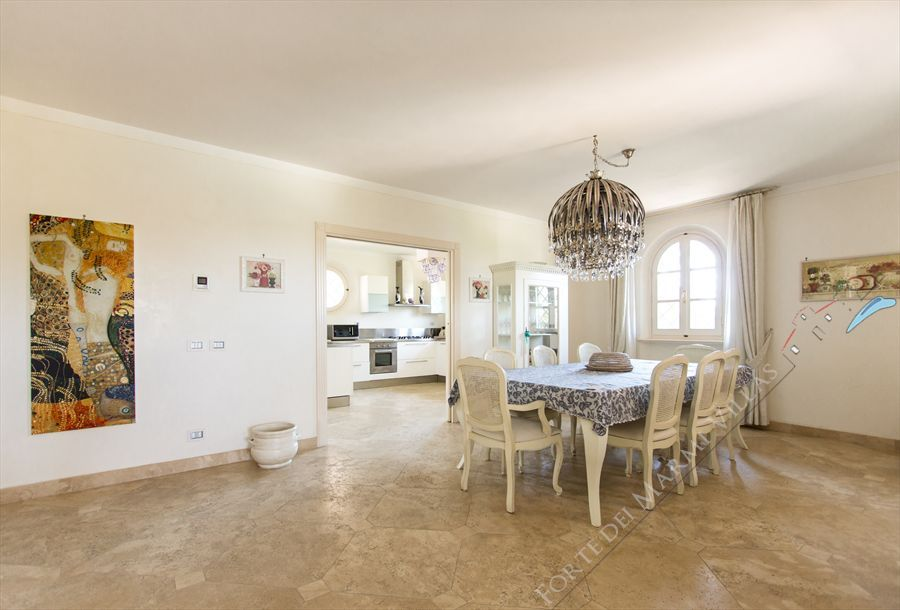 Villa delle Rose : Dining room