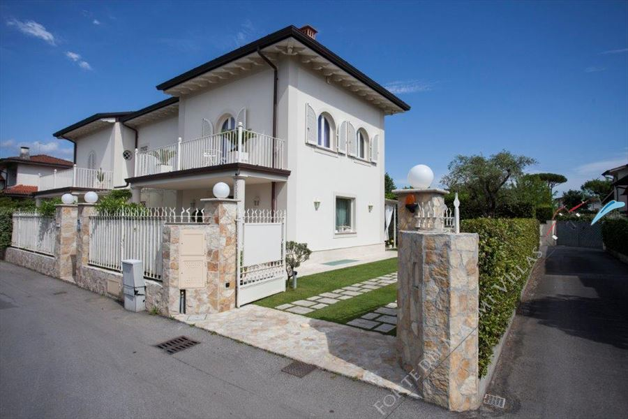 Villa Preziosa  - Villa bifamiliare Forte dei Marmi