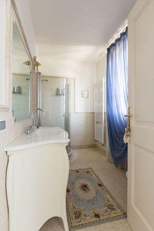 Villa delle Rose : Bagno con doccia