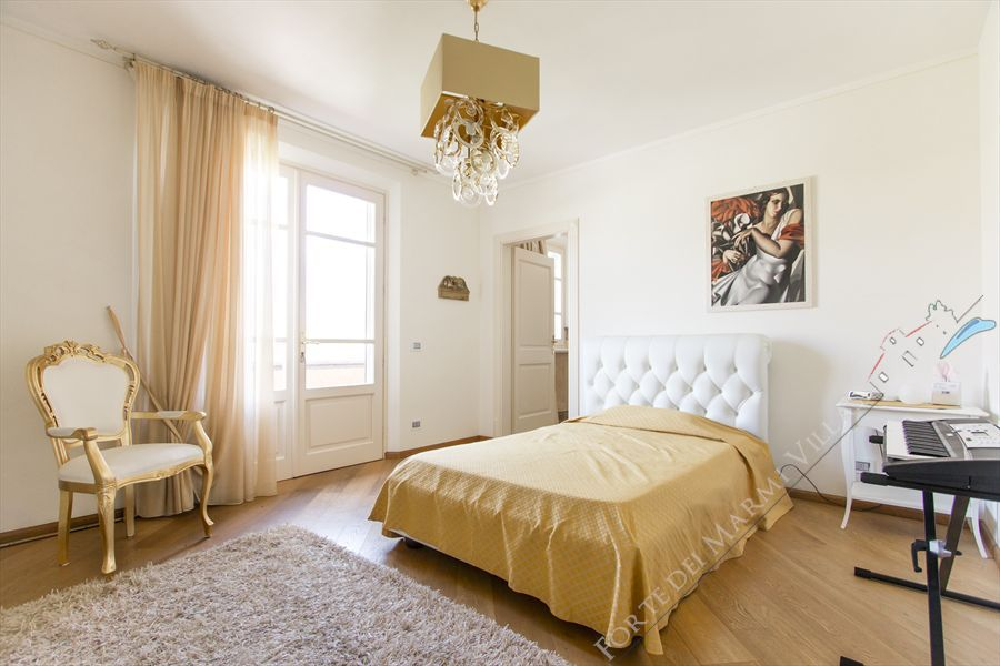 Villa delle Rose : спальня с двуспальной кроватью