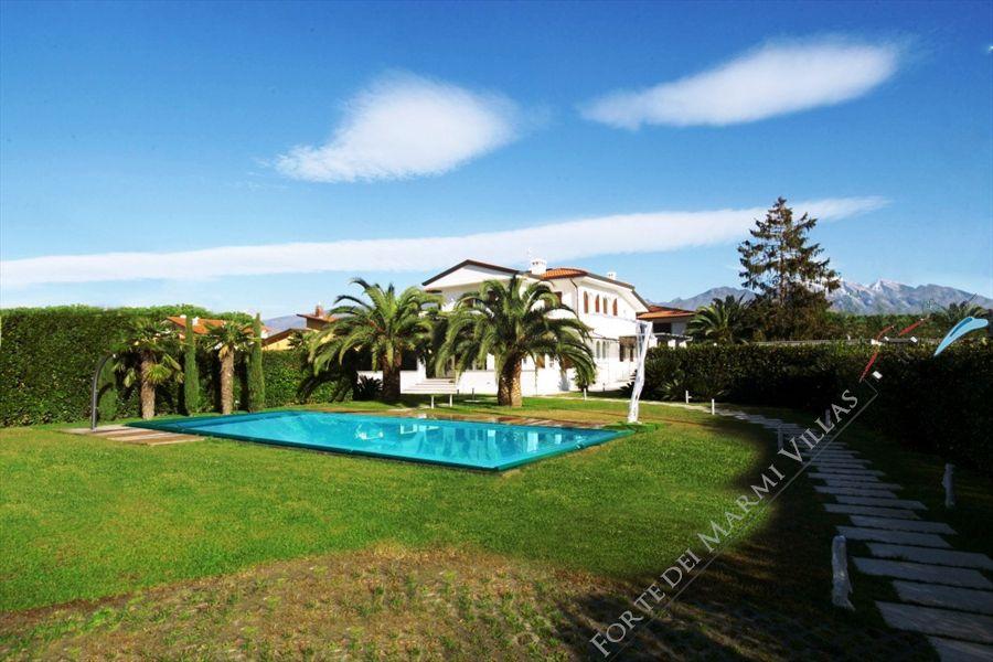 Villa Valentina  - Detached villa Forte dei Marmi