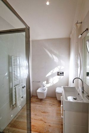 Villa Valentina  : Bathroom with shower