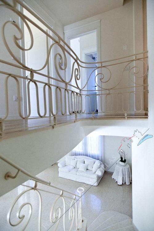 Villa Valentina  : Marble stairs
