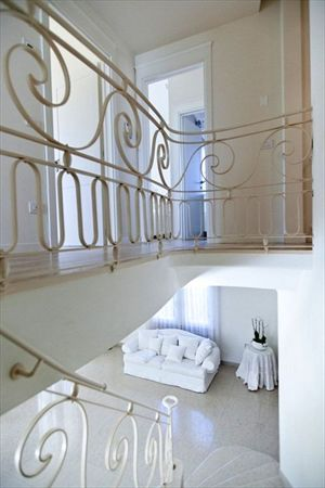 Villa Valentina  : мраморная лестница