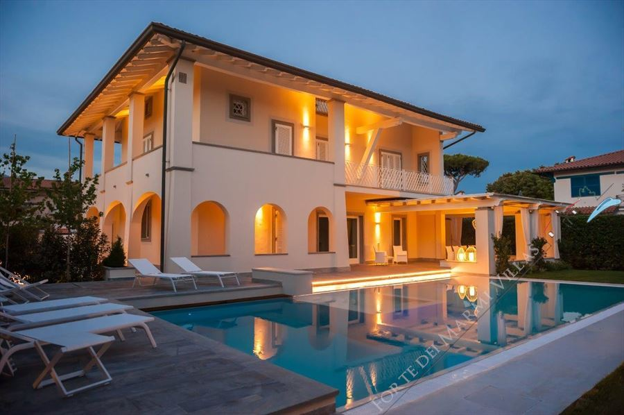 Villa Fortuna Forte - Detached villa to Rent and for Sale Forte dei Marmi