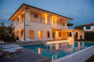 Villa Fortuna: Отдельная вилла Форте дей Марми