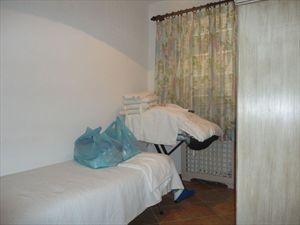 Villa  Principessa : спальня с односпальной кроватью