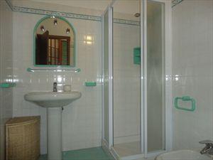 Villa  Principessa : Ванная комната с душем