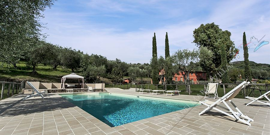 Villa  with swimming pool  versilia  detached villa to rent and for sale Camaiore