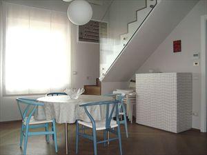 Bifamiliare Nettuno : Dining room