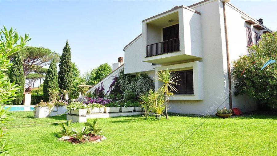Villa  Pieraccioni  : Vista esterna