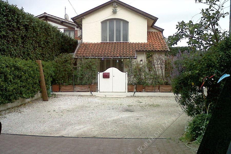 Cottage Vaiana - Detached villa Forte dei Marmi
