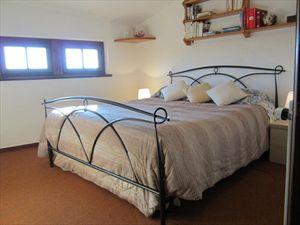 Villa Vittoria : спальня с двуспальной кроватью