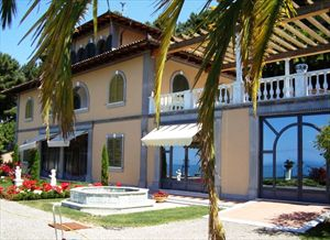 Villa Vista Mare luxury  : Outside view