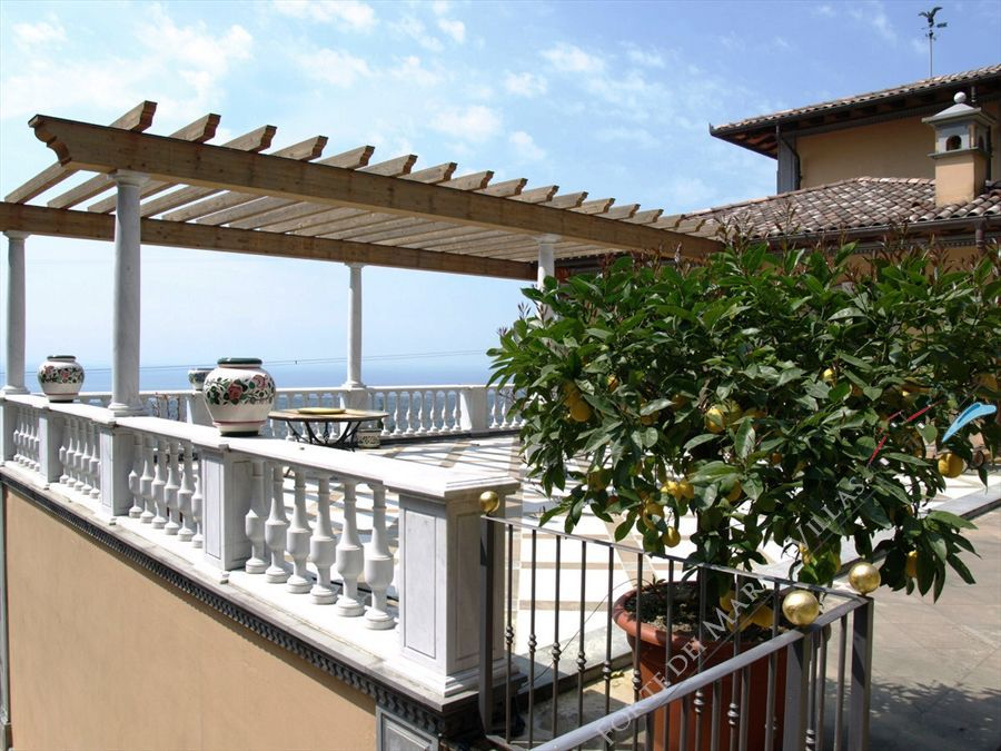 Villa Vista Mare luxury  : Terrazza panoramica