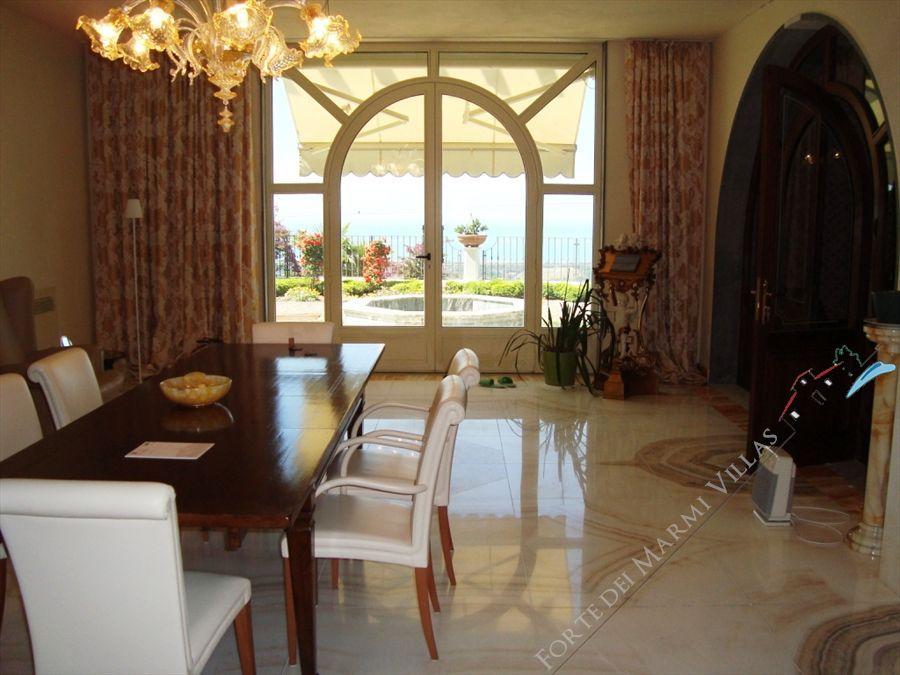 Villa Vista Mare luxury  : Dining room