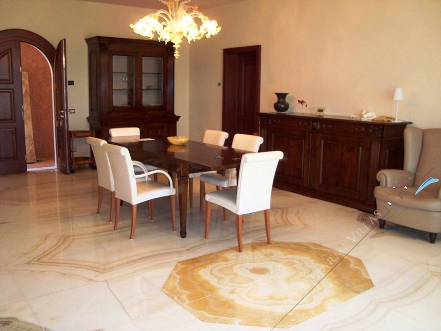 Villa Vista Mare luxury  : Dining room