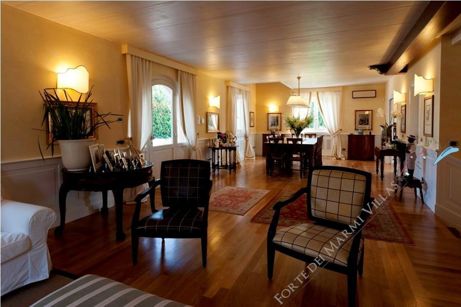 Villa Lorenza  : Inside view