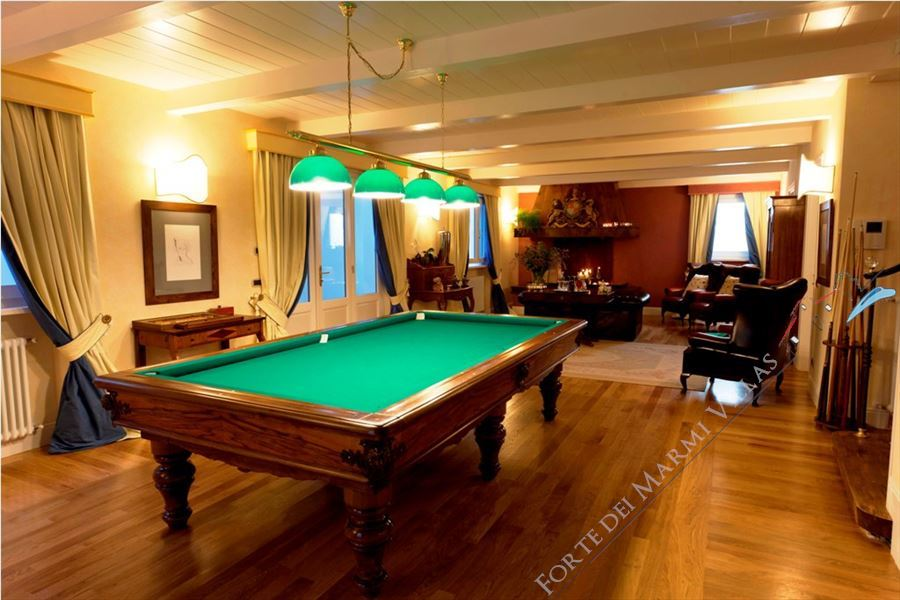 Villa Lorenza  : Billiards